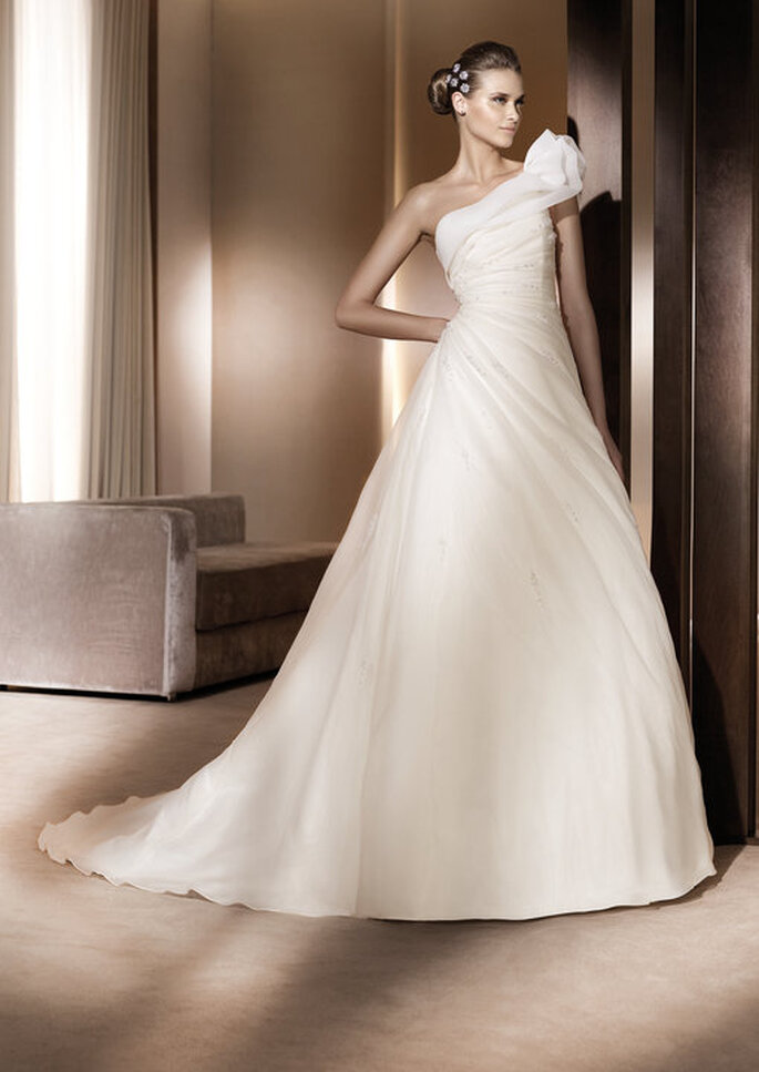 Glamour Collection 2011-  Pronovias