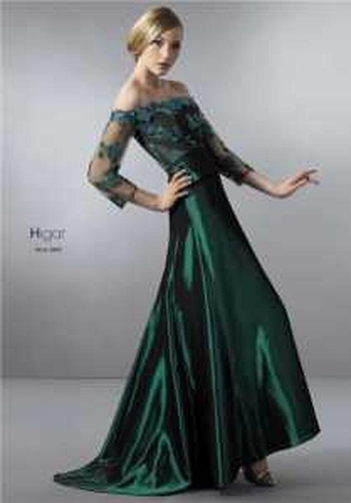 HigarNovias 2009 - Vestido verde largo en satén con seda brocada. Escote barco con mangas 3/4