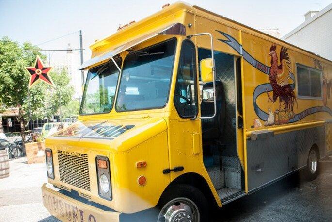 Elige un food truck para tu banquete de boda - Foto Lily Red Studio