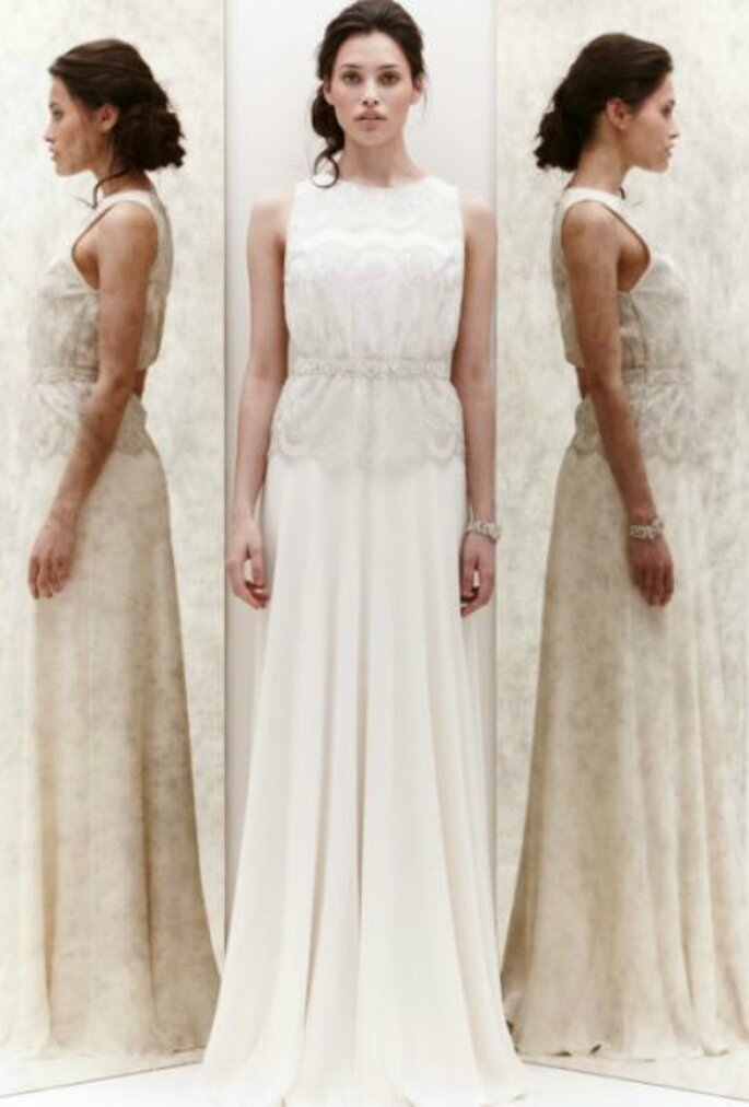 Scollo tondo e pizzo chantilly per il corpetto dell'abito in chiffon di seta. Jenny Packham Spring 2013. Foto New York Bridal Week