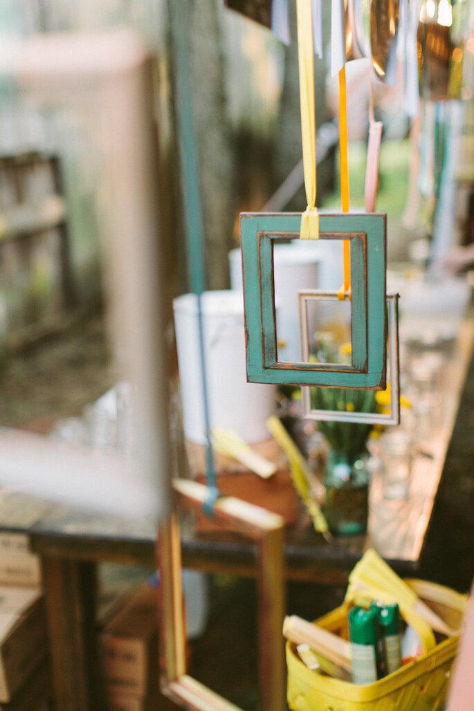 Decoración de boda con marcos y portarretratos - Brandon Chesbro