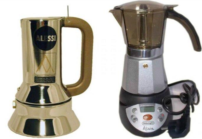 Due marche top tra le moke per il caffè: Alessi (Modello 9090 by Richard Sapper 3/1 tazza) e De Longhi (ALICIA caffettiera elettrica con timer - 6/3 tazze). Foto: http://www.pastorinocasa.com/it
