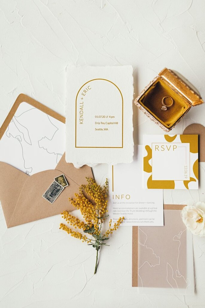Hochzeitspapeterie modern und minimalistisch in senfgelb mustard mit Line Art und abgerundetem Rahmen