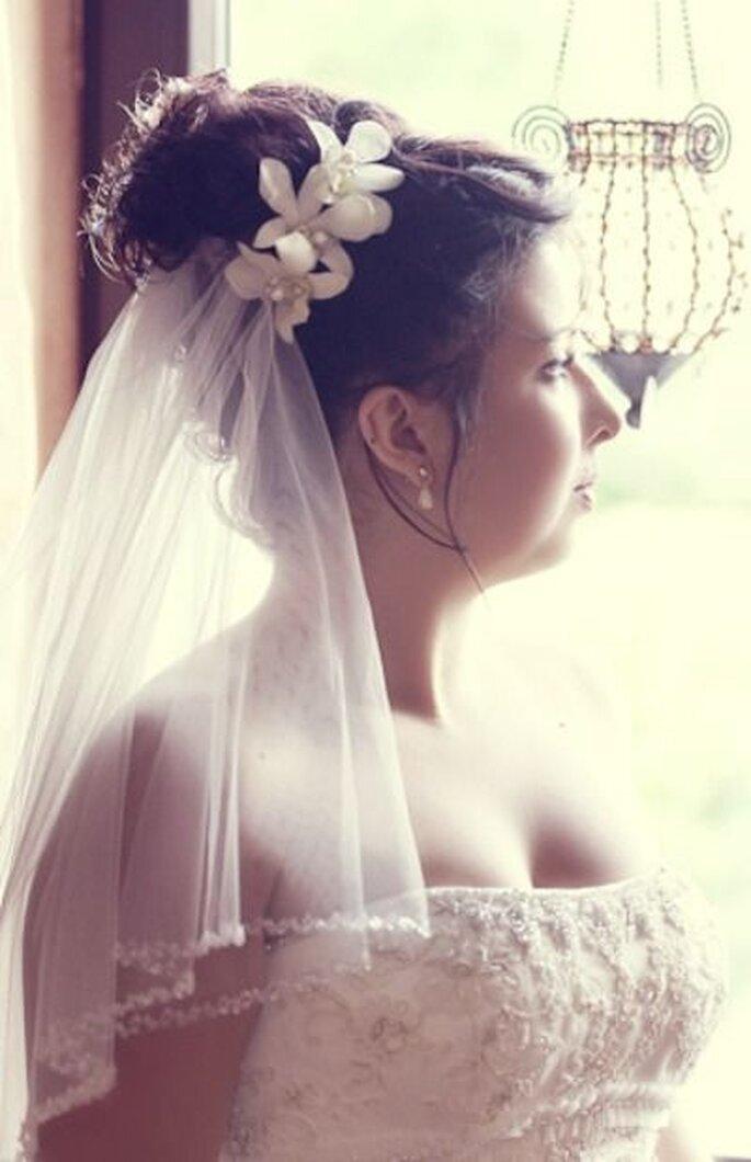 Brautfrisur mit Schleier - yourphoto_de