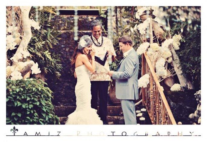 La novia con un look estilo retro y un vestido de novia de ensueño - Foto Tamiz Photography