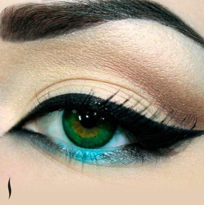 Complementa tu look con un delineado en color negro - Foto Sephora