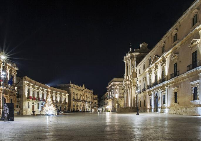 Foto via Shutterstock: Michele Ponzio