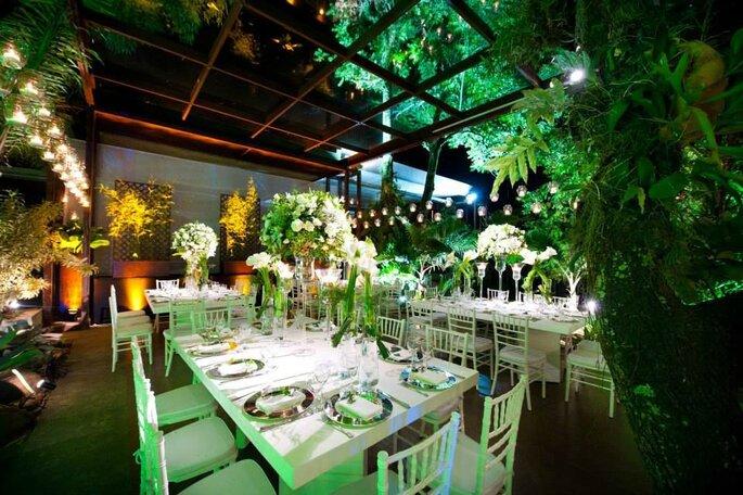 Verde integrado a decoração do casamento