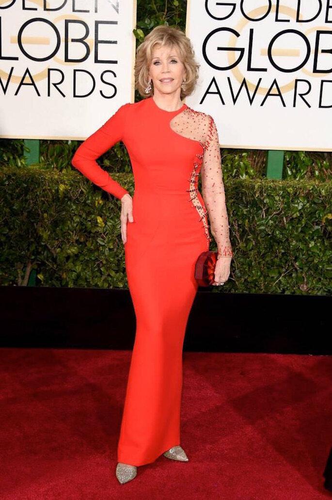Las mejor vestidas de los Golden Globe Awards 2015 - Versace (Jane Fonda)