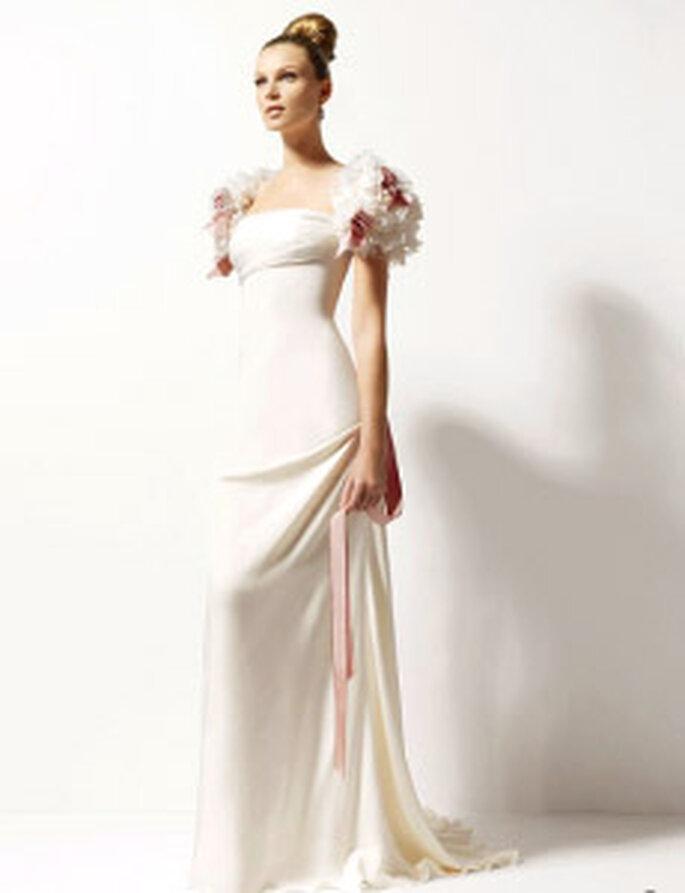 Christian Lacroix 2010 - Oasis, vestido largo en crep de seda, de manga corta abombada floral, escote cuadrado