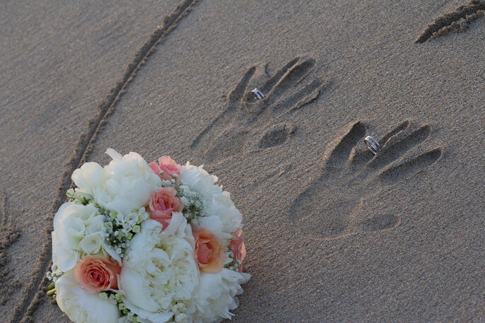 Set Lounge Beach Wedding
