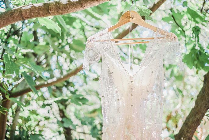 09099f68f Que vestido de noiva estava na moda no ano em que nasceu?