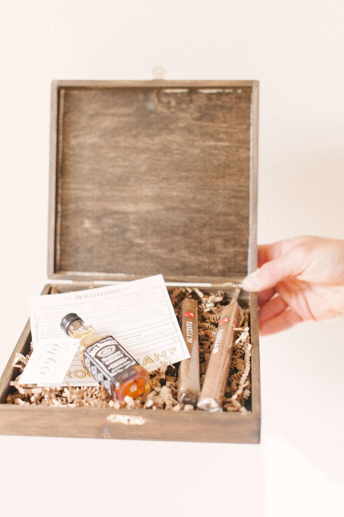 5 regalos perfectos para darle a tu novio el día de la boda - Photographs by Jenna Leigh