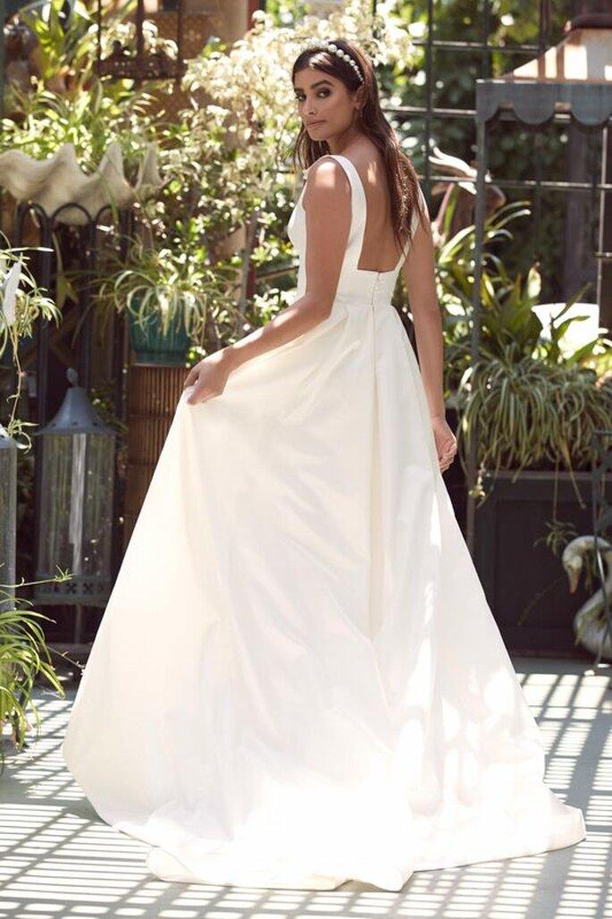 Le Fate Milano - abito da sposa con scollo quadrato sulla schiena