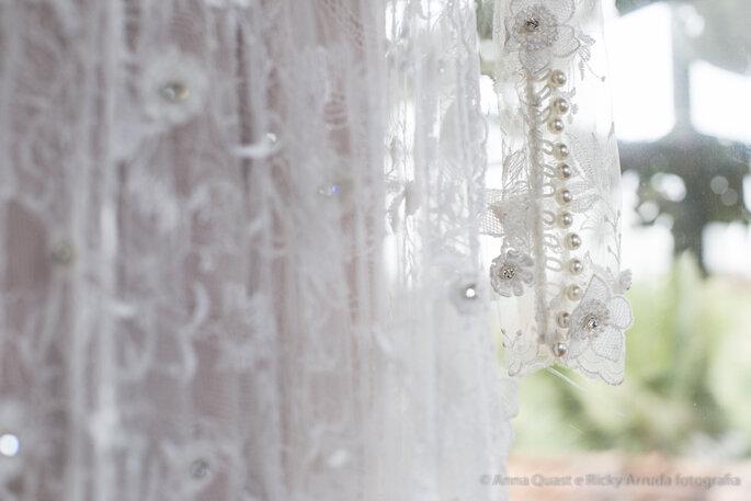 Vestido da Noiva: Lourdinha Noyama | Foto: Anna Quast e Ricky Arruda