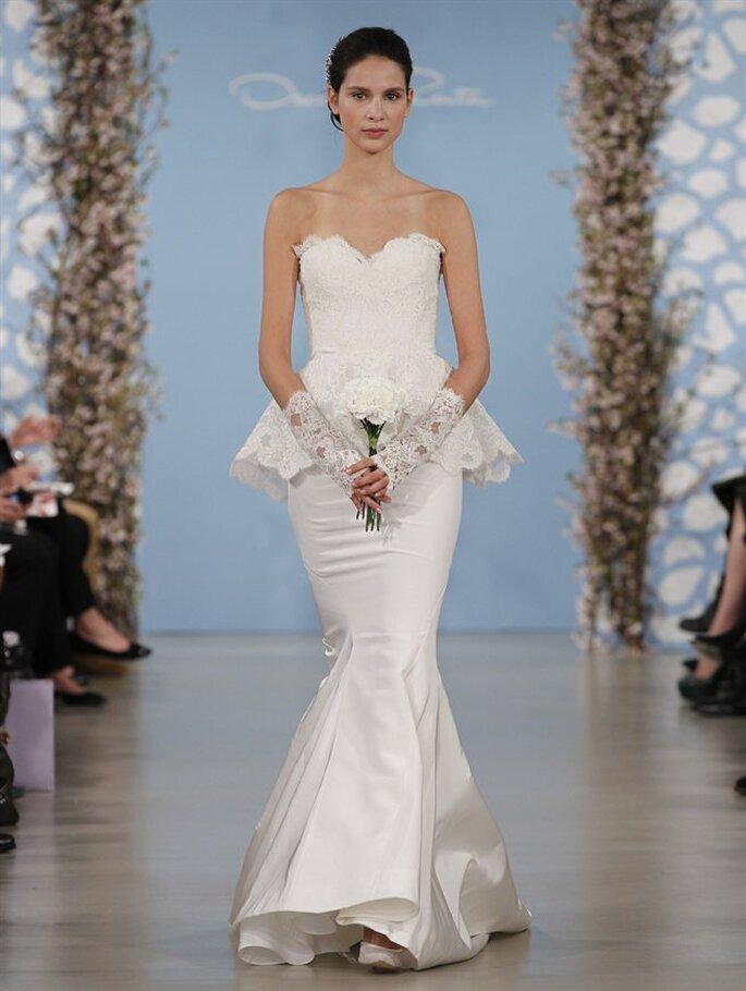 Vestido de novia estilo sirena con falda peplum de encaje de Oscar de la Renta 2014