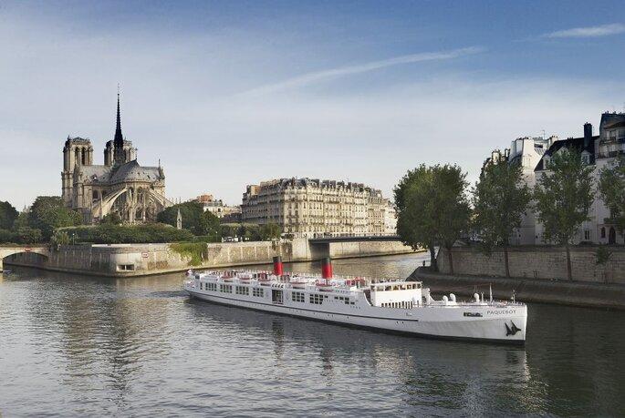 Yachts de Paris - N.Buisson Photographe