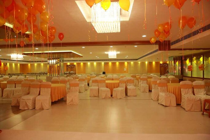 Moksh Banquets & Outdoor Catering