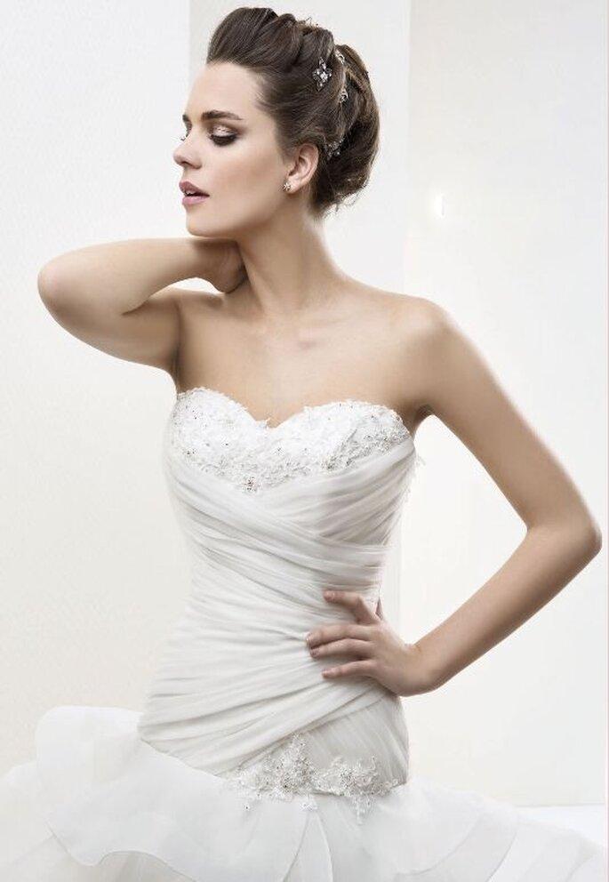 Vestido de novia Maranello de Cabotine. Detalle del escote