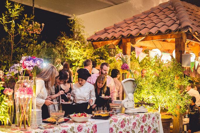 Banquetes & flores - Adolfo Cartagena G