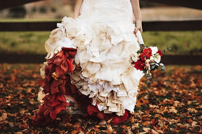 Decoración de boda en rojo y rosa. Fotografía Sarah Culver