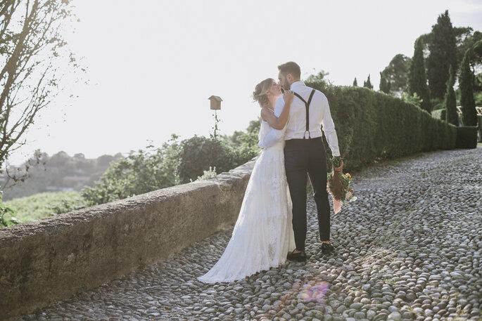 Tenuta Frizzoni - sposi bacio