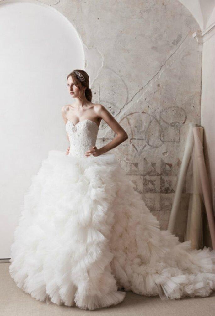 Collezione 2012 Alessandra Rinaudo...per una moderna principessa piena di stile!
