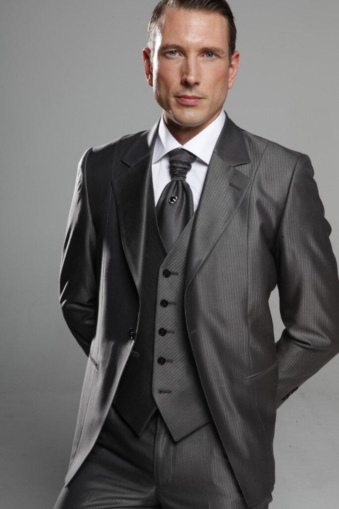 Faites appel à Kees Van Beers pour votre costume de marié