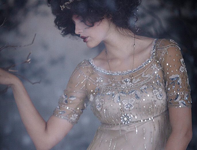 Robe de mariée d'inspiration vintage à paillettes, de BHLDN