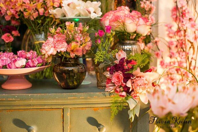 Decoração em tons de rosa para casamento