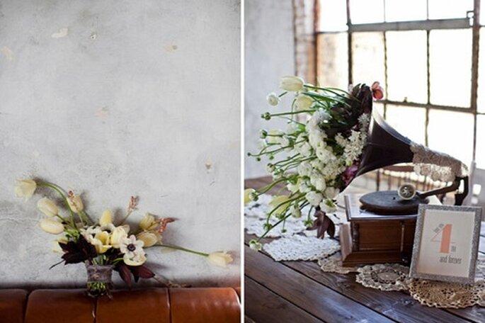 En una boda pequeña también se cuidan todos los detalles. Foto: Leah Lee Photography.