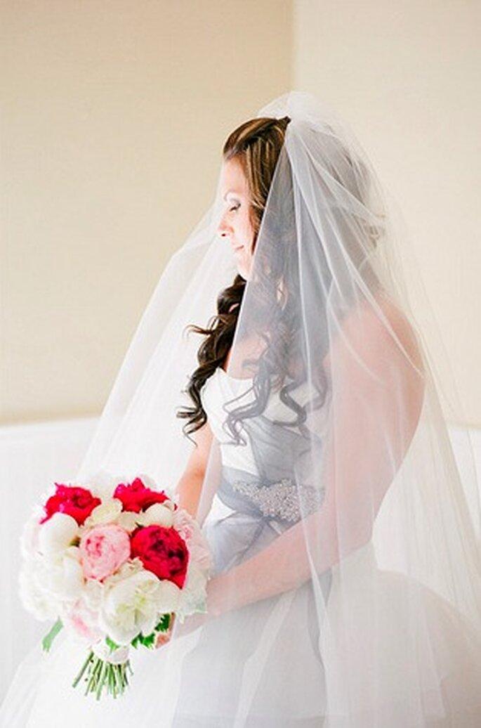 Bei der Trauung müssen Sie sich für einen Familien-Namen entschieden – Foto: K.T. Marry Photography