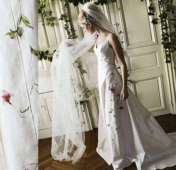 Collection de robes de mariée Valérie Devillers -  Pavot : cache coeur en taffetas de soie peinte et brodée