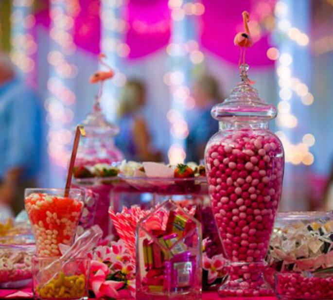 Une décoration de mariage rose. Photo: Cb Karine- Razvanphotography