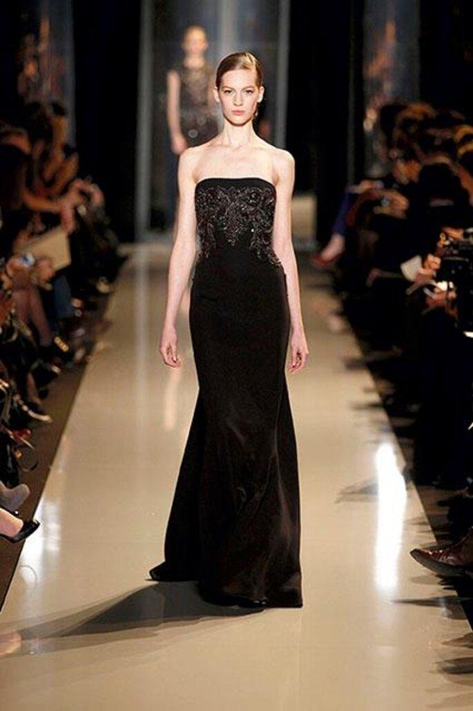 Vestido de noche recto en color negro - Foto Elie Saab 2013