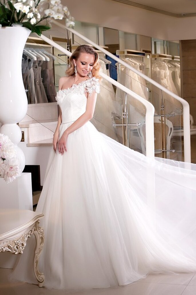 Robe de mariée Oksana Mukha 2014 - Modèle Calipso