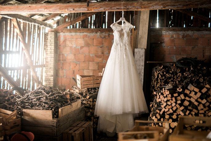 Come conservare l abito da sposa in 5 semplici passi f8b9485a666