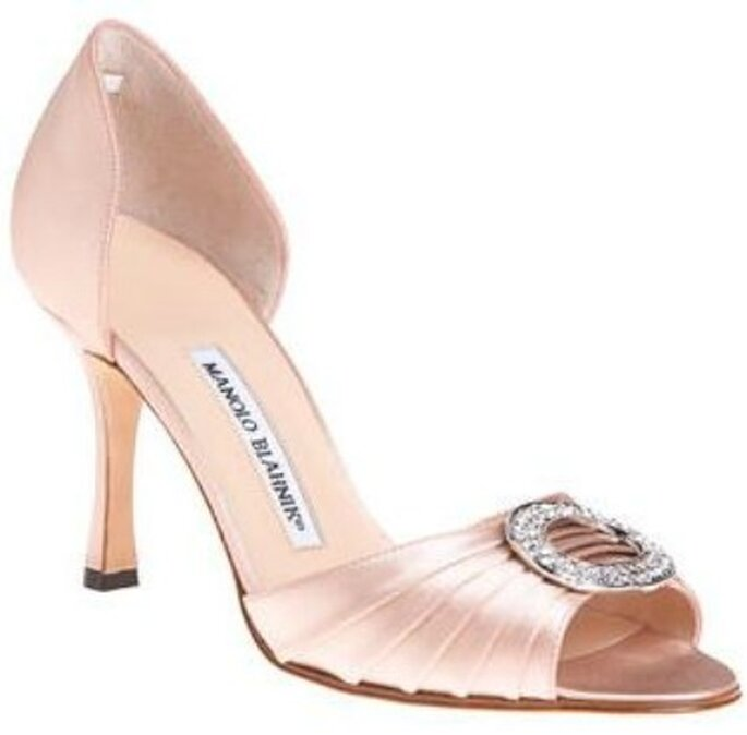 Chaussures de mariée nude Manolo Blahnik