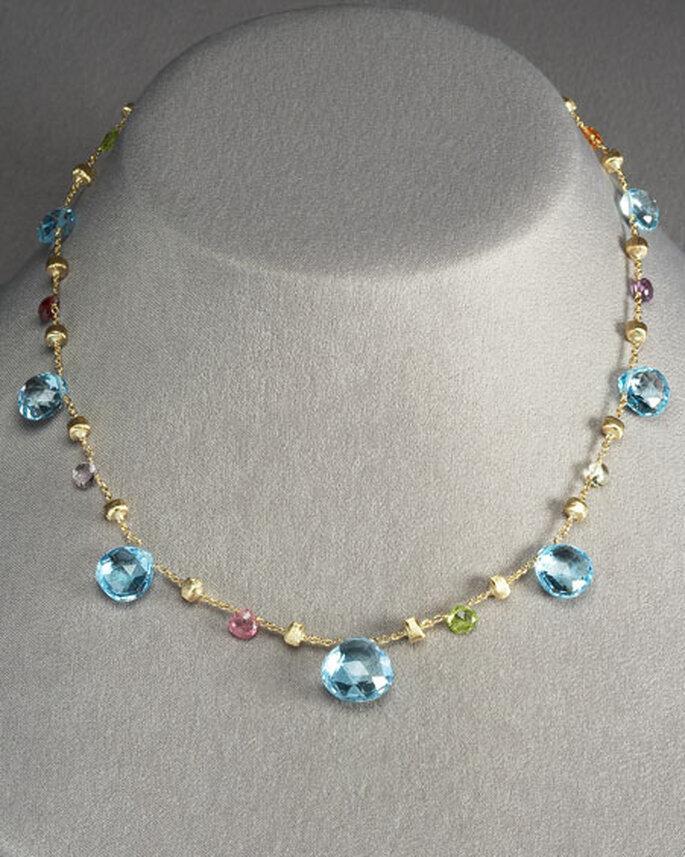 Collar de oro y piedras de topacio azul