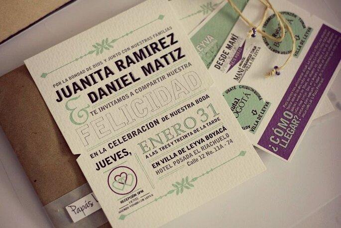 Invitaciones a la boda de Juanita y Daniel. Foto: Juya Photographer