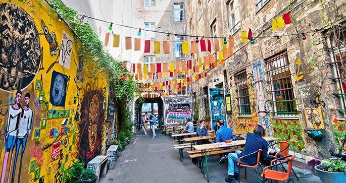 berlin-ruelle-terrasse-street-art