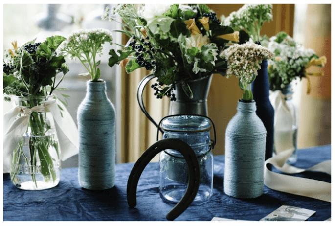 Décoration de mariage avec vases en cristal - Photo Michele Hart Photography