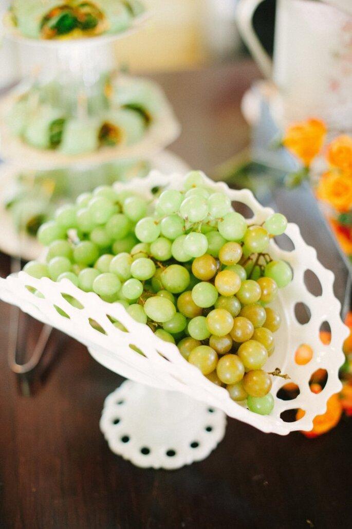 Una novia saludable come frutas y verduras - Foto Katie Lopez Photography