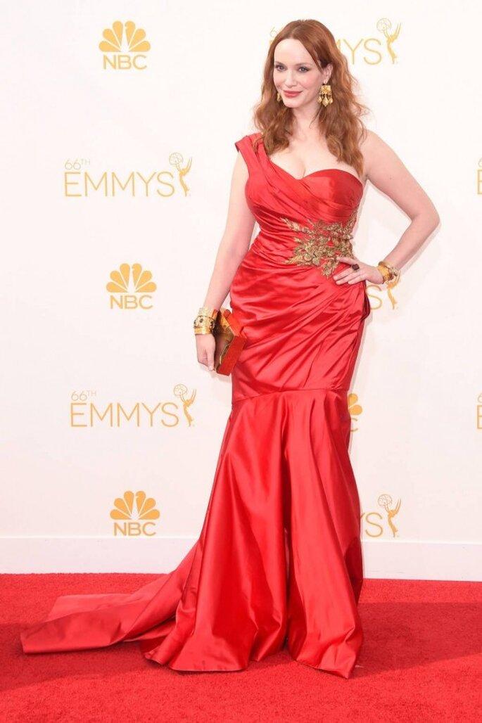 Christina Hendricks en la red carpet de los Emmys 2014 - Foto Marchesa