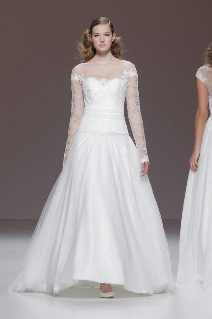 Vestidos de novia primavera 2015 con mangas largas - Foto Cymbeline