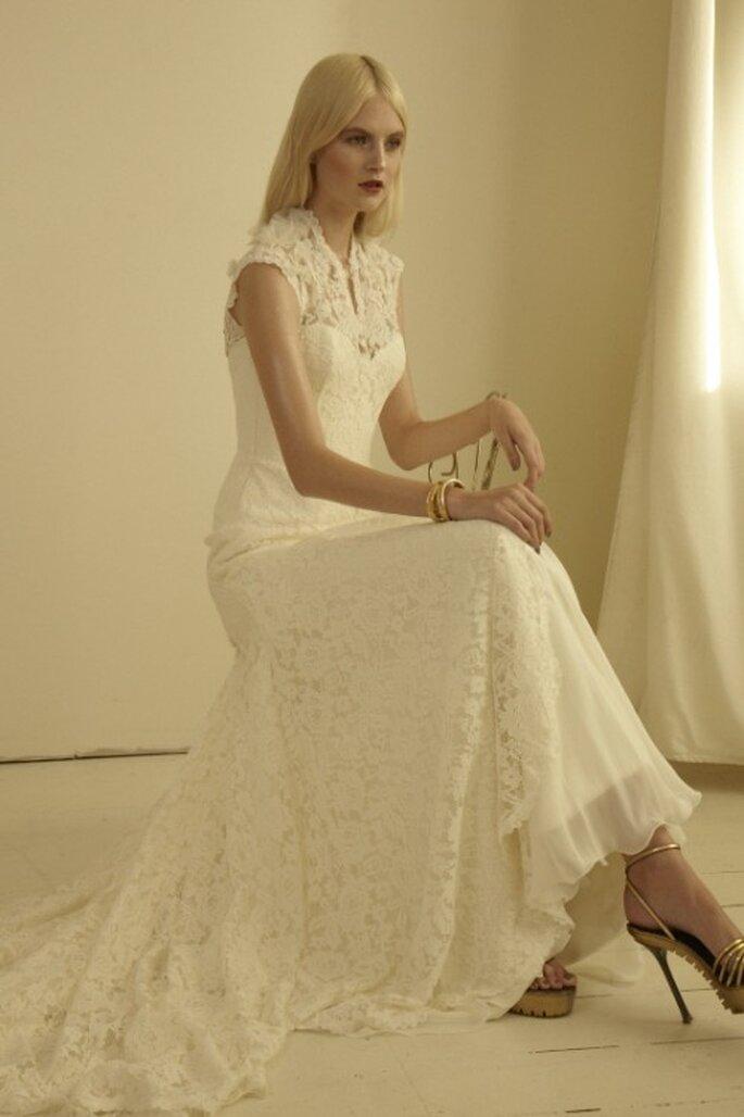 Vestido de novia con cuello y encaje - Foto Mariana Hardwick 2013