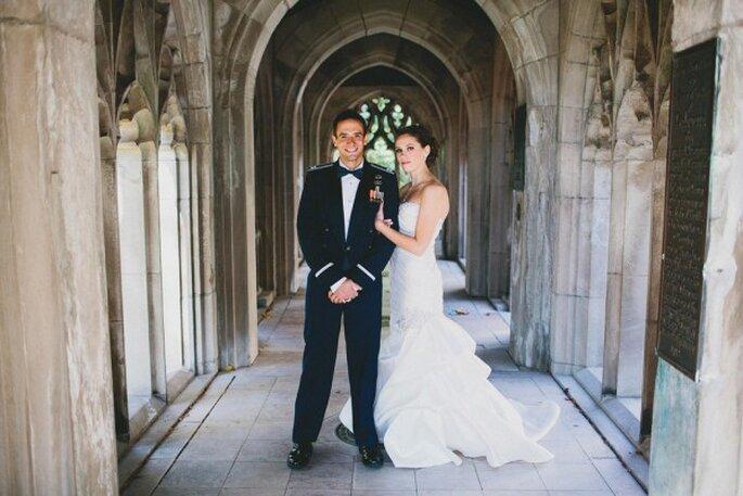 Real Wedding: Una boda hermosa con un Capitán de la Fuerza Aérea vestido de novio - Foto BRAUN Photography