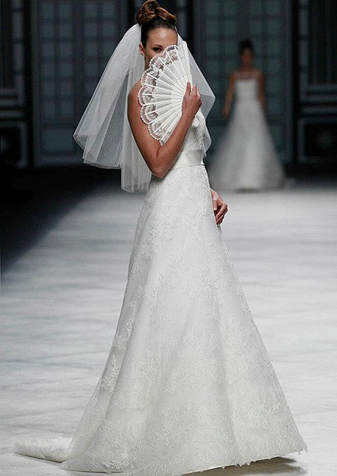 Brautkleider von La Sposa - Kollektion 2013