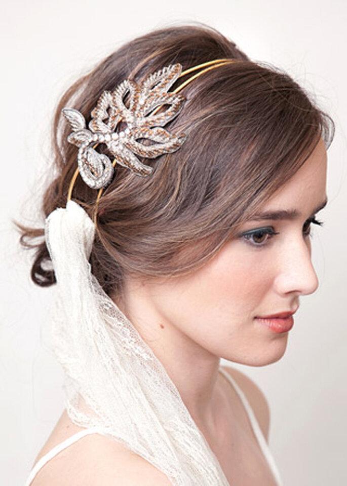 Diadema en color dorado para novia - Lia Terni