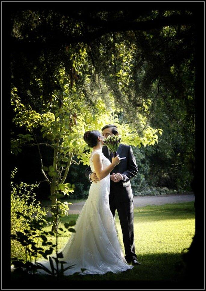 Le foto del matrimonio restano per sempre un segno tangibile di felicità. Foto: Gardner Hamilton